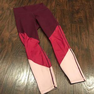 Fabletics powerhold HR 7/8 colorblock leggings